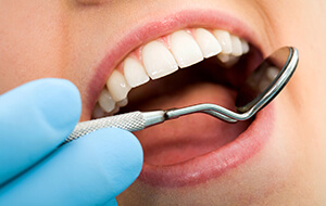 Gum Disease Treatment | Manhattan Periodontal Therapy