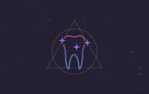 Animated sparkling tooth icon